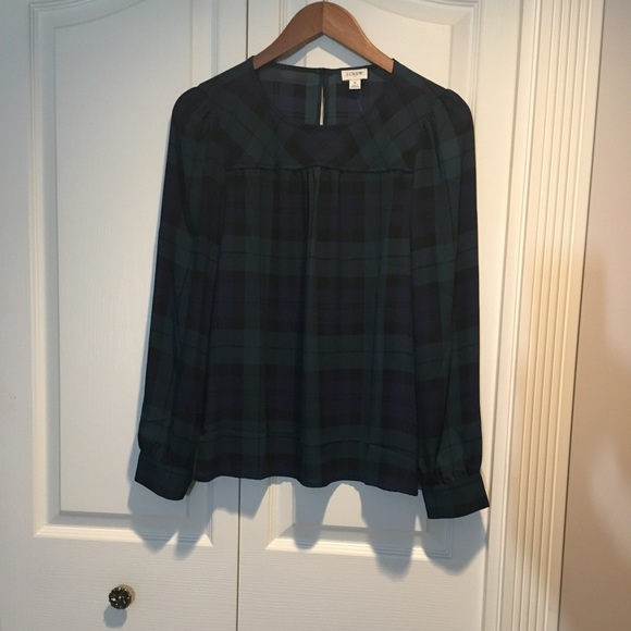 New J crew black watch plaid top / piping size S